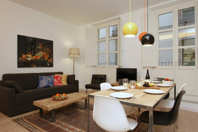 Ramblas Deluxe Apartment A